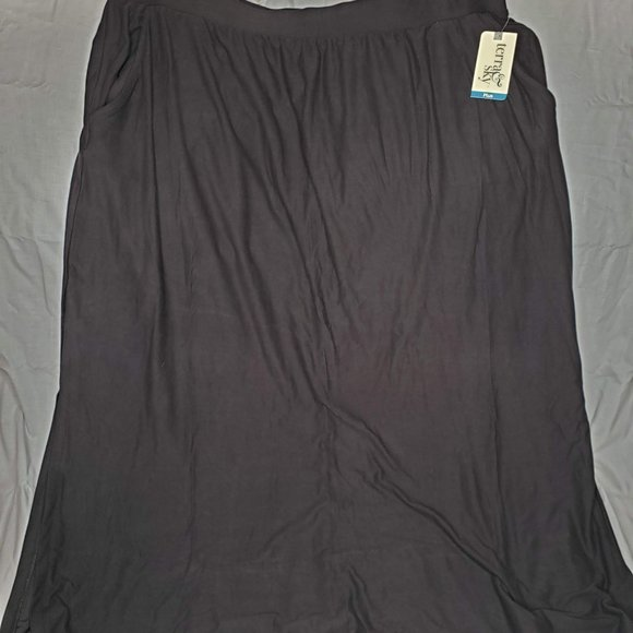 Terra & Sky Dresses & Skirts - Soft Sueded Pocket Maxi Skirt
